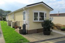 Photo: 1 Bedroom, Warren Park, Surrey