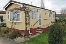 Photo: 1 bedroom, Lakeview Park, Essex