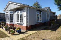Photo: 2 bedrooms, Highgrove Park, Suffolk