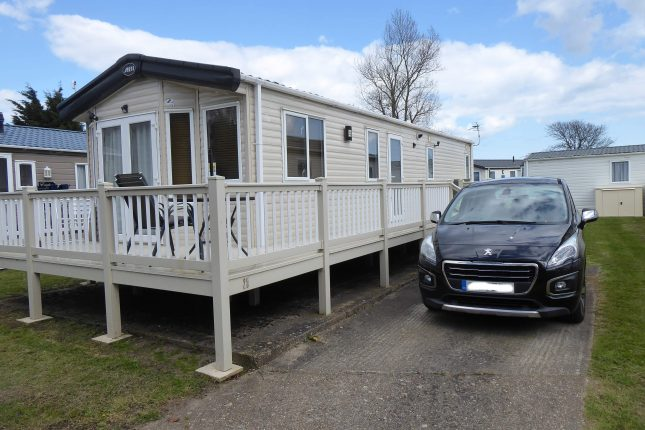 Photo: 3 Bedrooms, New Beach Leisure Park, Kent