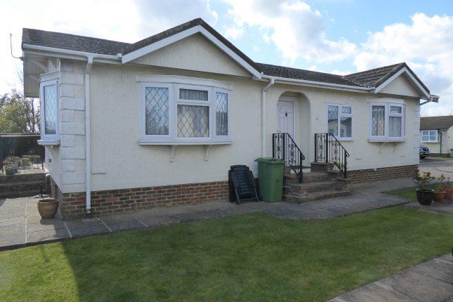 Photo: 2 Bedrooms, Highview Park, Kent